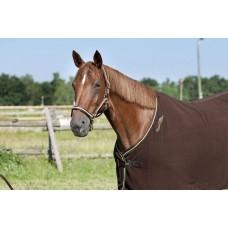 Nylonová ohlávka na koně proužkovaná v čokoládově pistáciové barvě a velikosti full.