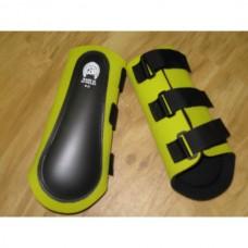 Neoprénové chrániče na přední nohy koně v žluté barvě a velikosti 2 /odpovídá cob - full/