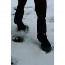 Chrániče  skokové celoobvodové přední  na koně ve velikosti full a v černé nebo bílé barvě